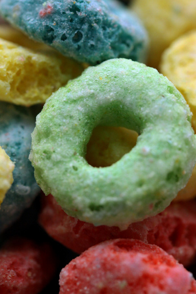Close-up and personal Fruit Loops(tm) :  : Christopher Davies Photography