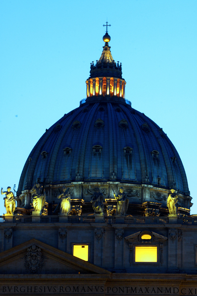 The dome at St Peters Basilica :  : Christopher Davies Photography