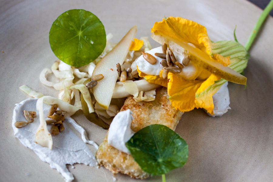 Fresh greens with apples and goat cheese. Lower 48 Restaurant, Denver, CO. :  : Christopher Davies Photography