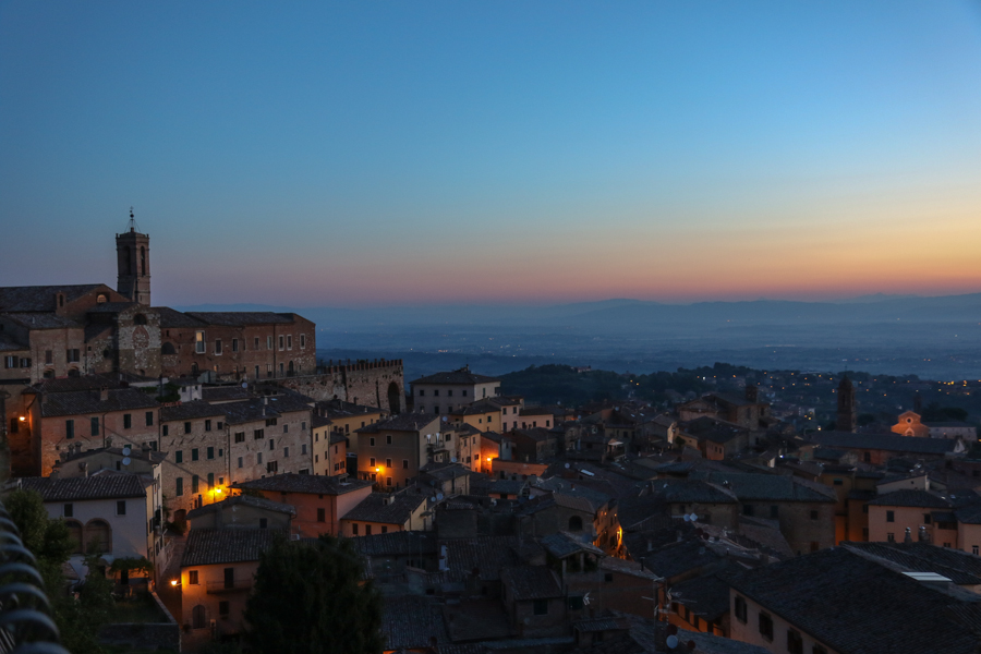 Sunrise in Montepulciano :  : Christopher Davies Photography